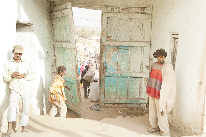 Harar door
