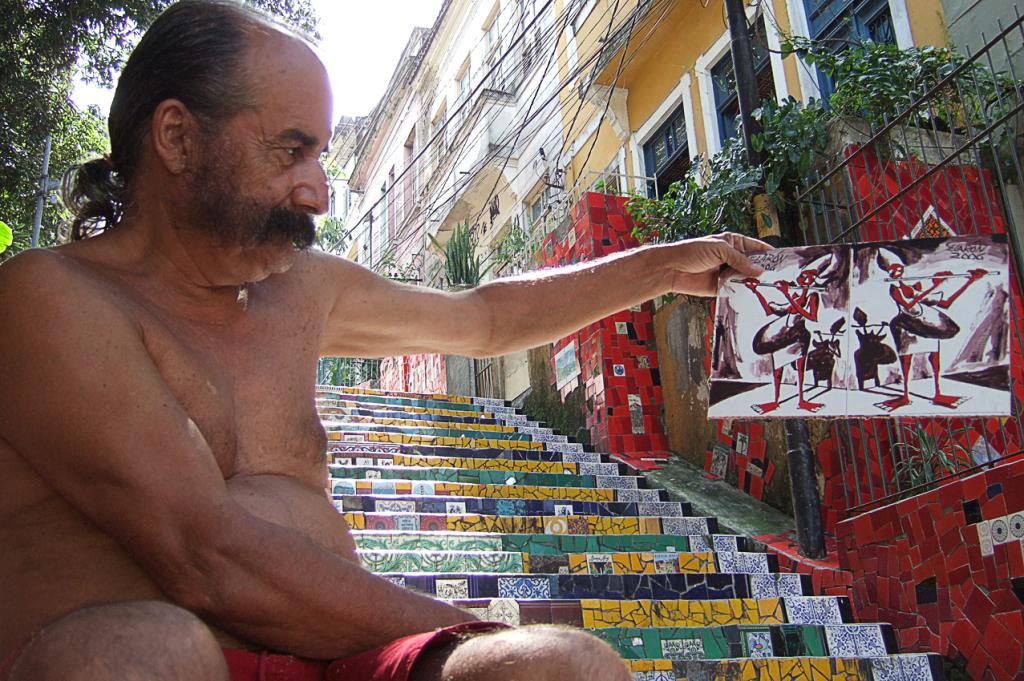 """Jorge Selaron, la sua scala e una """"Mulher gravida"""""""
