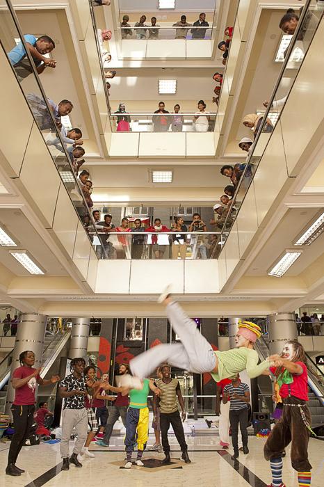 esibizione promozionale in un centro commerciale di Addis Abeba