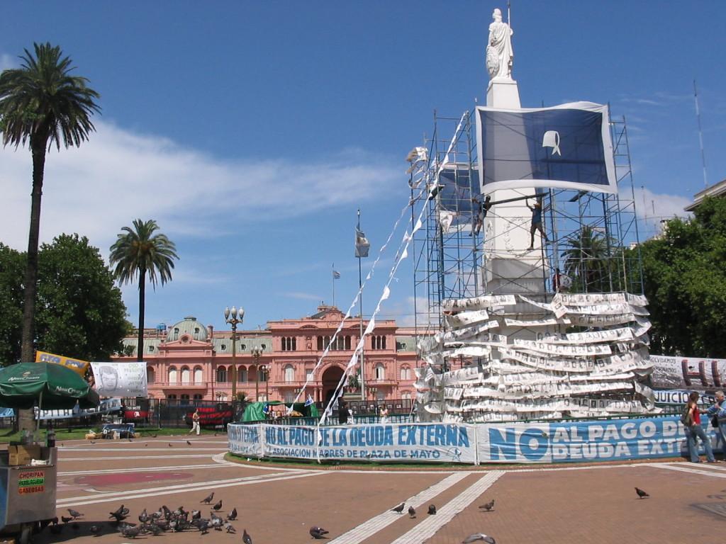 Plaza de Mayo, 8 dicembre 2004