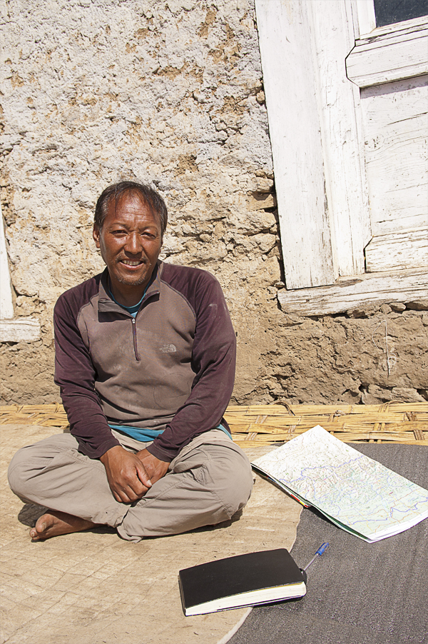 lakpa-sherpa-who-climbed-6-times-mount-everest-and-several-other-himalayan-peaks-in-sanam-village-where-he-born