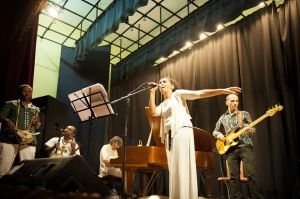Gabriella Ghermandi performing at the Italian Cultural Institute in Addis